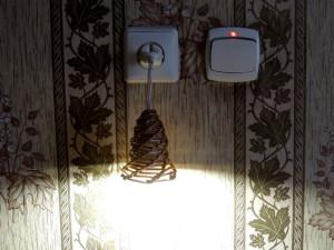 плетеный светильник